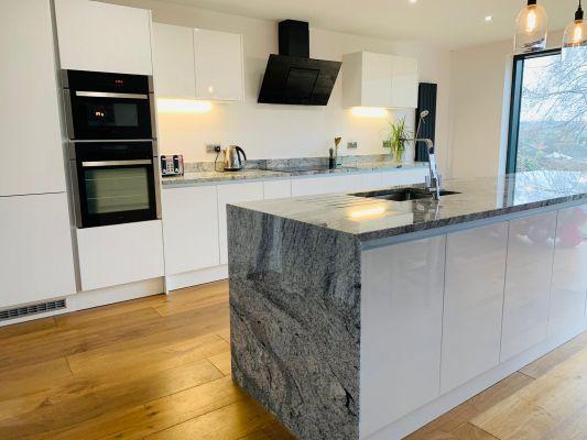 Viscount White Granite Kitchen Wortktops Nottingham